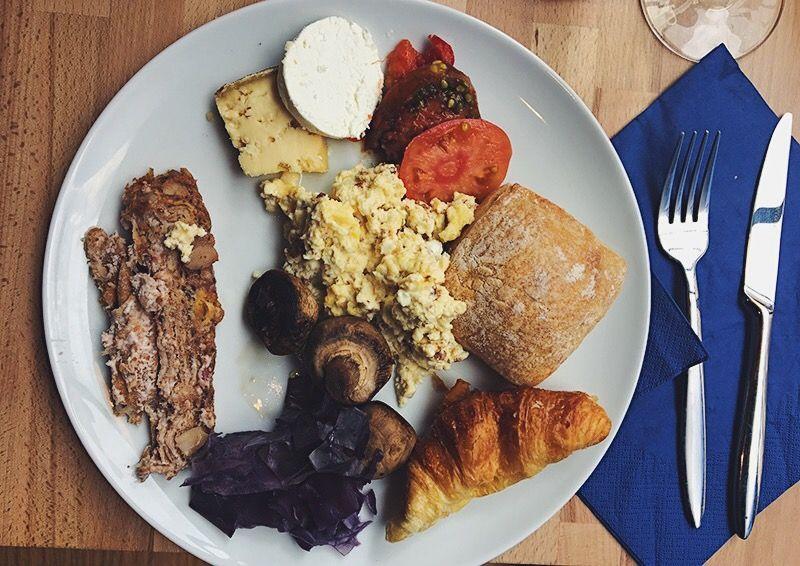 Assiette brunch OEUF